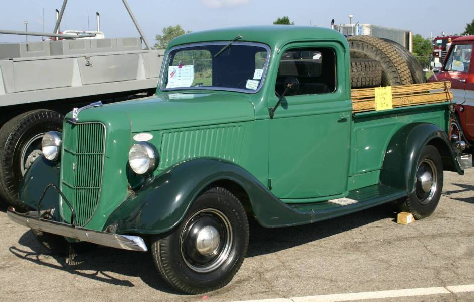 Pictures Of Old Chevy Pickup Trucks >> My 1928 Chevrolet: Vintage Trucks, Found Some More