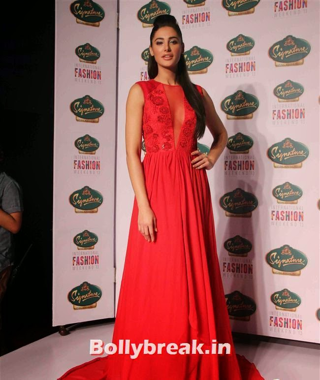 Nargis Fakhri, Hot Celebs at Signature International Fashion Weekend