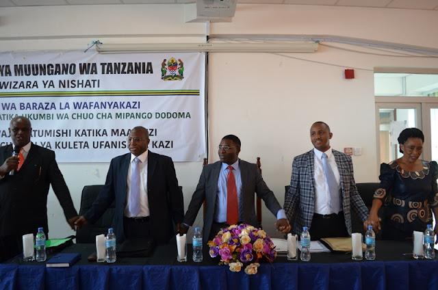 Dkt Kalemani azindua Baraza la Kwanza la Wizara ya Nishati