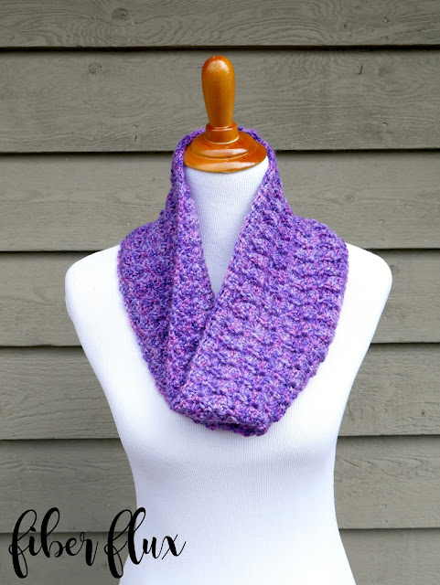 Free Crochet Pattern...Moonflower Cowl!