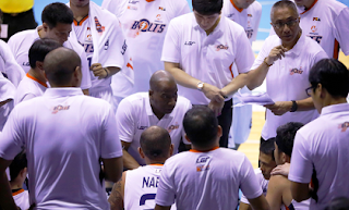Meralco Bolts Huddle