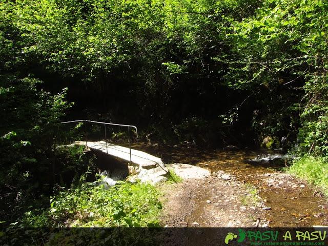 Puente sobre arroyo de Palombar