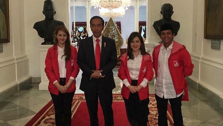 Sinis dengan #2019GantiPresiden, PSI: Jokowi Sudah Ringankan Belanja Emak-Emak