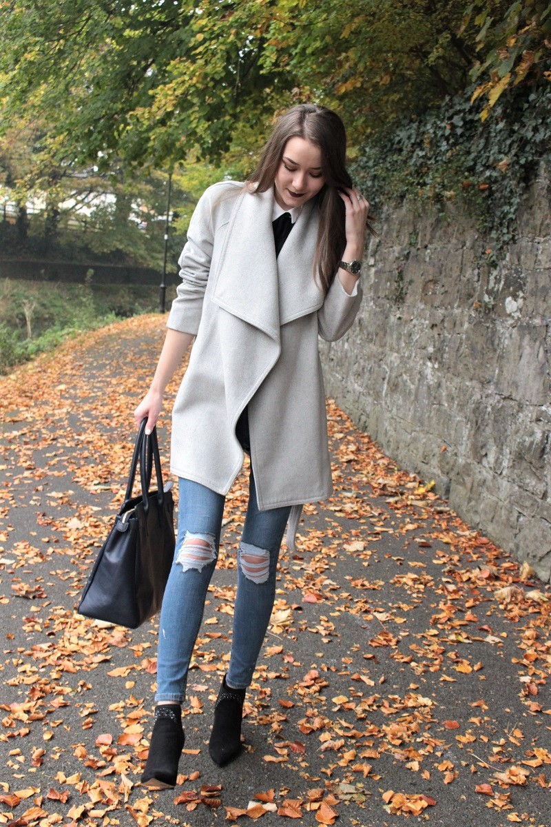 ripped jeans, topshop, waterfall coat, mango
