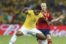 brasileño Paulinho