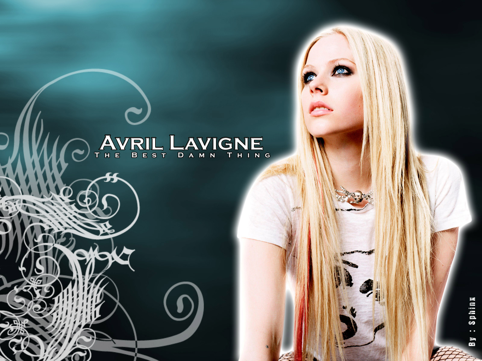 Avril Lavigne Nice Pictures - Hollywood Celebrity