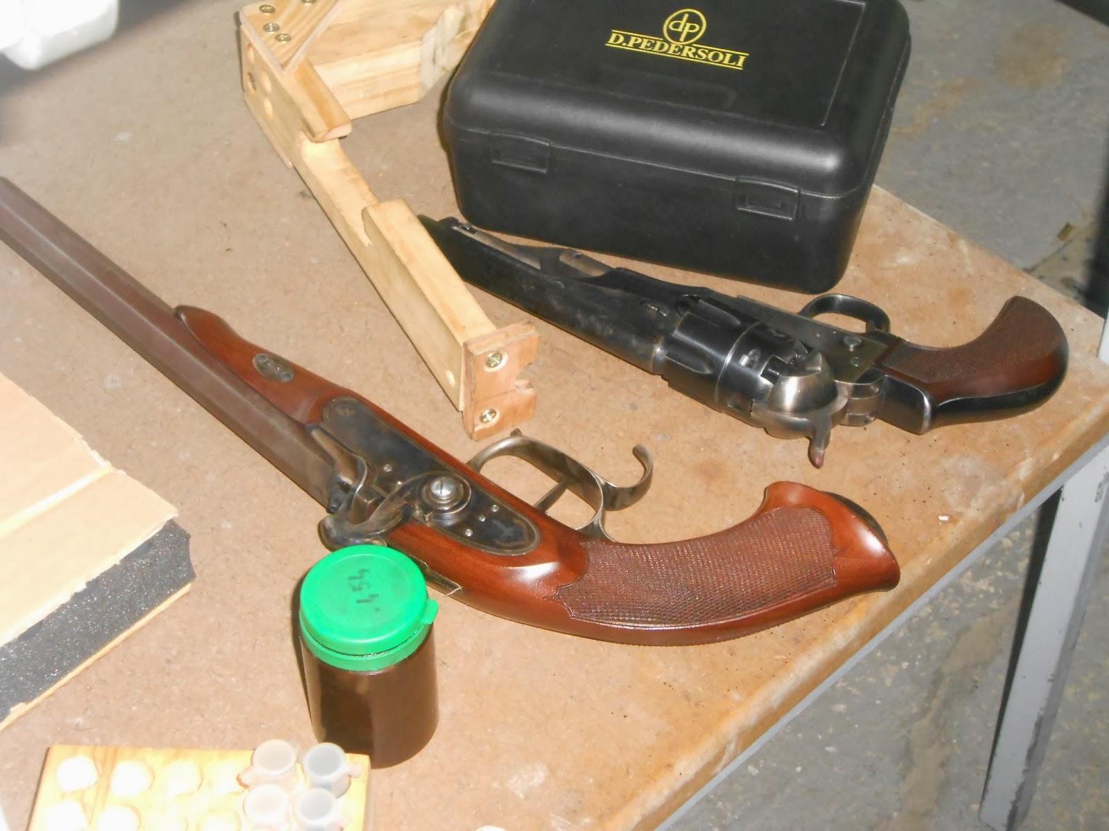 pistolet a poudre noire