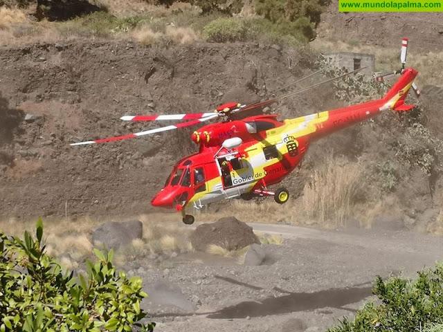 Helicóptero del GES rescata a senderista herida de carácter moderado en Puntallana