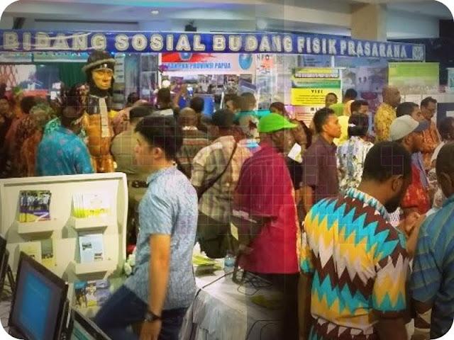 Pameran dan Hiburan Rakyat Peringati 4 Tahun Kepemimpinan Lukas Enembe dan Klemen Tinal di Provinsi Papua