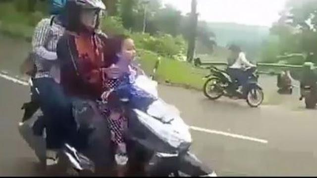 Video Viral: Pengendara Skutik Rem Blong Meluncur Dari Puncak Mojokerto, Ini yang Terjadi