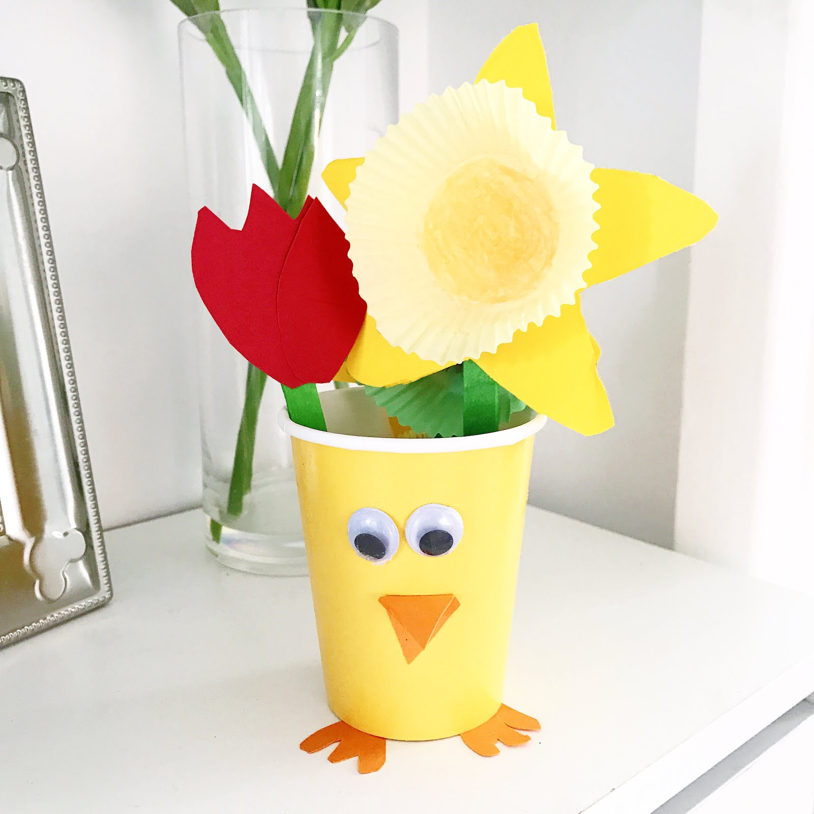 Easter crafts, daffodil craft. tulip craft