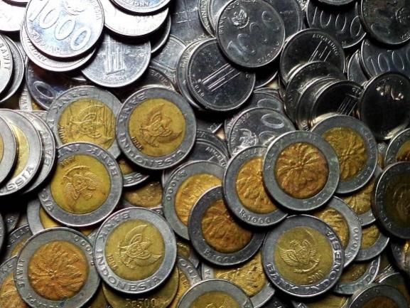 Cara Menyisihkan Uang Saku-Jajan untuk Ditabung