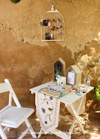 http://www.arteartesaniaymanualidades.com/2014/10/libro-de-firmas-y-decoracion-de-boda.html