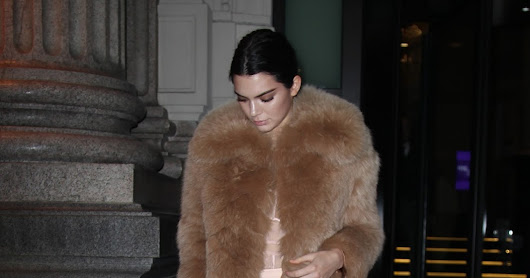 Kendall Jenner Photo Gallery 047i