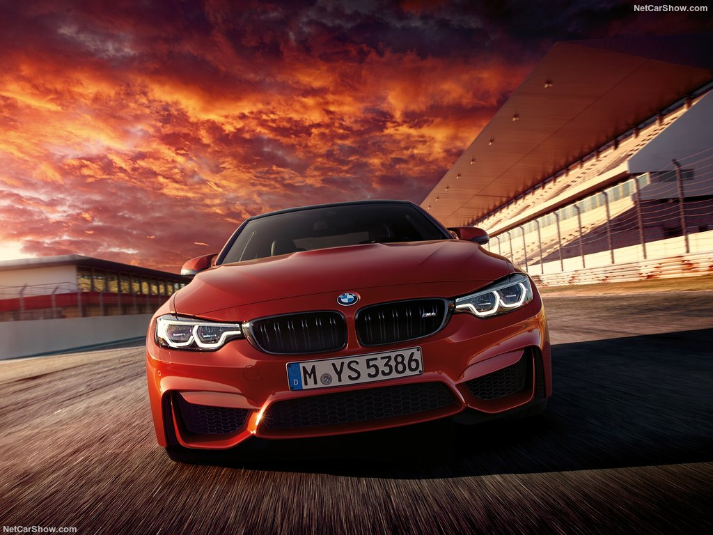 XE BMW M4 COUPE