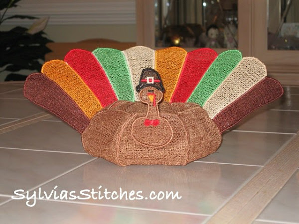 Free Standing Lace Turkey Bowl