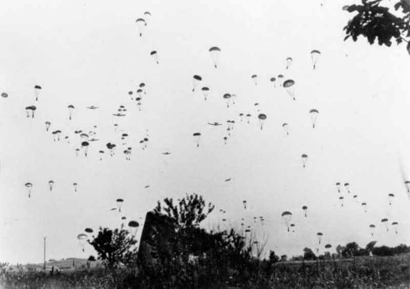 October-28-1940-photo-12