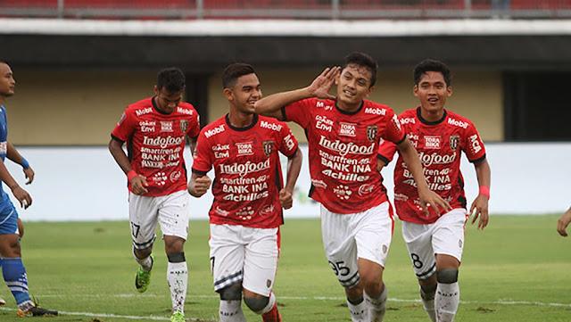 Persija Dijinakan Bali United di Piala Presiden