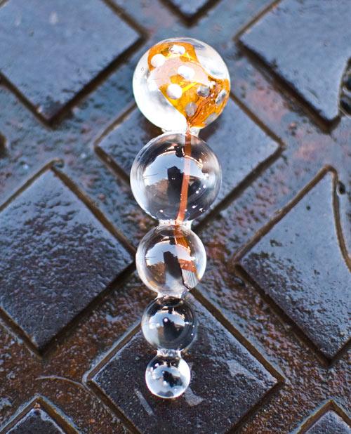 Arete hecho con resina cristal