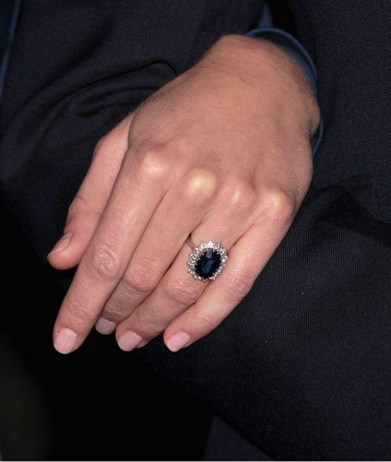 Catherine Middleton Wedding Ring: BLOG DE SAHIRA: ANILLOS DE COMPROMISO EN LA FAMILIA REAL