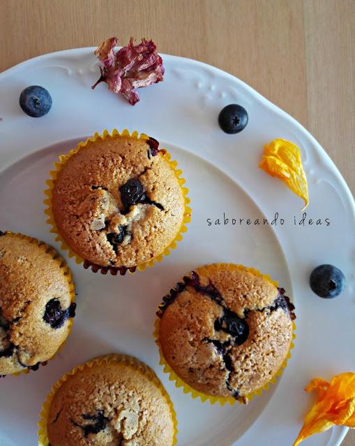 Muffins de arándanos y yogur
