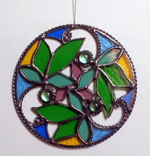 https://www.etsy.com/listing/222121791/round-pendant-spring-time-floral?ref=shop_home_active_16