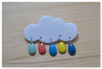 broche nuage et gouttes couleurs vives
