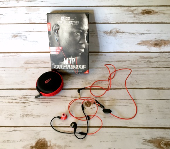 M7P Sports In-Ear Headphones Review | Morgan's Milieu: Red headphones, clip them to your shirt, and off you go.