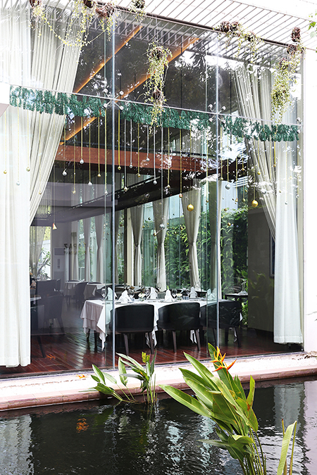 My review of two of Phnom Penh's best high-end restaurants - Malis and Topaz by Thalias.