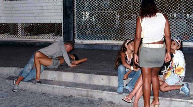 «Ύπουλο χτύπημα» των Βρετανών στον ελληνικό τουρισμό