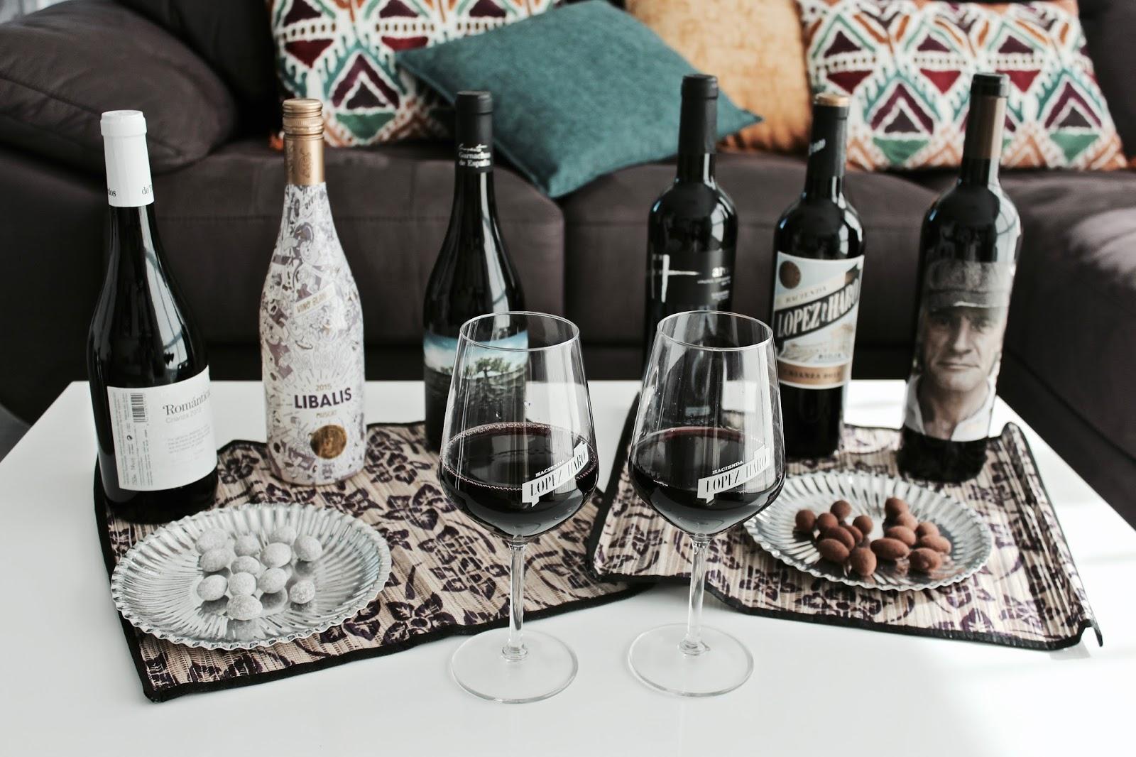 botellas de vino denominación de origen españa
