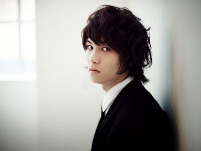 Foto Model gaya Rambut Artis Cowok Korea