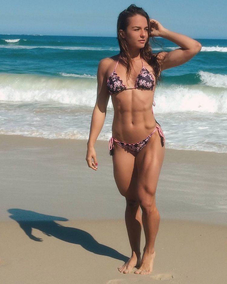 Fitness girl Vanessa Garcia