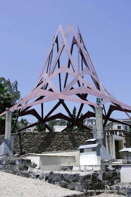 могилы Маймонида в Тверии