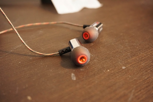 重心の低い音で魅了される、Audiosharp AS1284(=KZ ED9)レビュー!