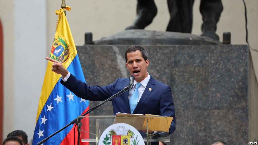 El presidente encargado venezolano en un discurso en Caracas, hoy / REUTERS