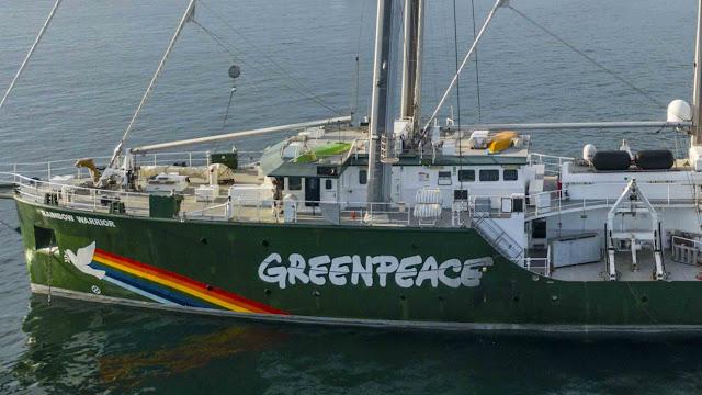 Kapal Rainbow Warrior Kembali Jelajahi Perairan Nusantara