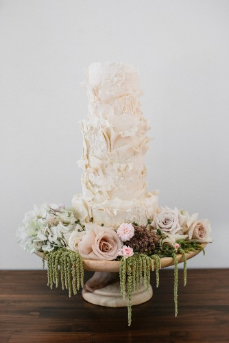 CAMILLA KIRK PHOTOGRAPHY GOLD COAST WEDDING CAKE DESIGNER