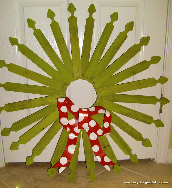 picket wreath for Christmas