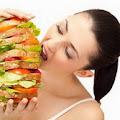 Pentingnya Berbuka Puasa Tidak Makan Berlebihan