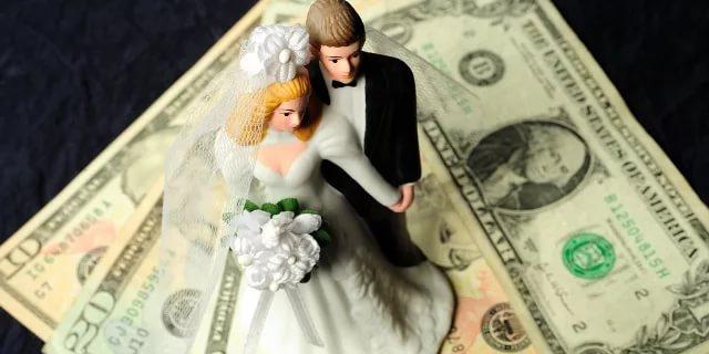 ГРС сколько денег дарят на свадьбу Зимнем