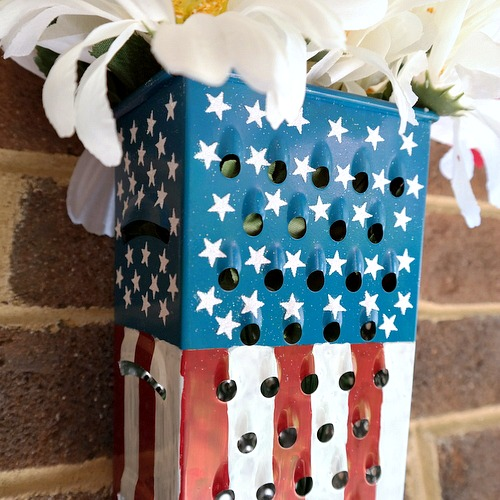 Patriotic Grater Decor by Dana Tatar for Scrapbook Adhesives by 3L