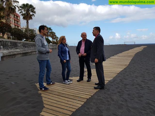 El PP presenta 35 medidas para relanzar la playa, con áreas de restauración, deportes náuticos y actividades de ocio