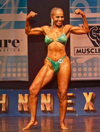Woman bodybuilder At 80, she has the body of an athlete !