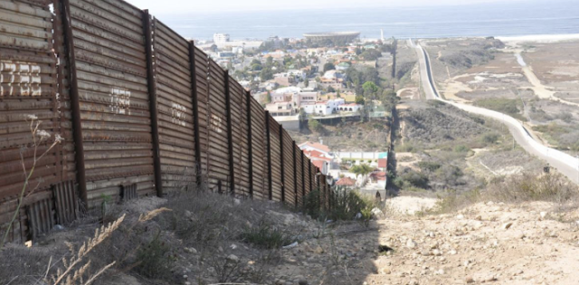 Petition to demand Congress fund a border wall