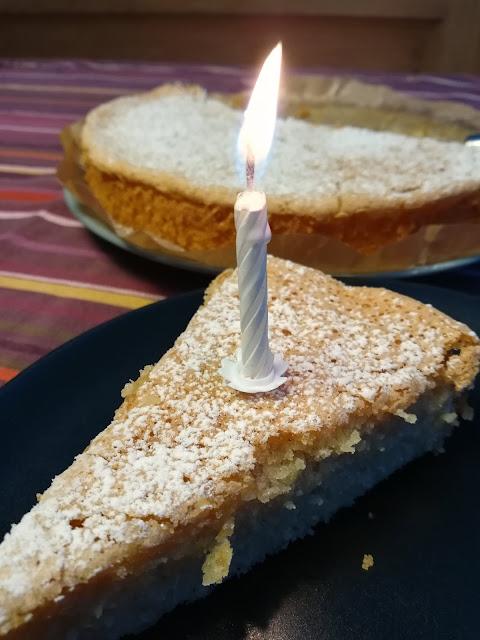 saftiger Mandelkuchen aus Mallorca ohne Mehl - glutenfreie Rezepte