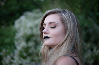 Warm Eyeshadow with Black Lipstick Look