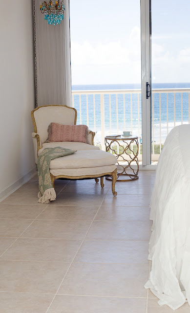 french-style-beach-bedroom