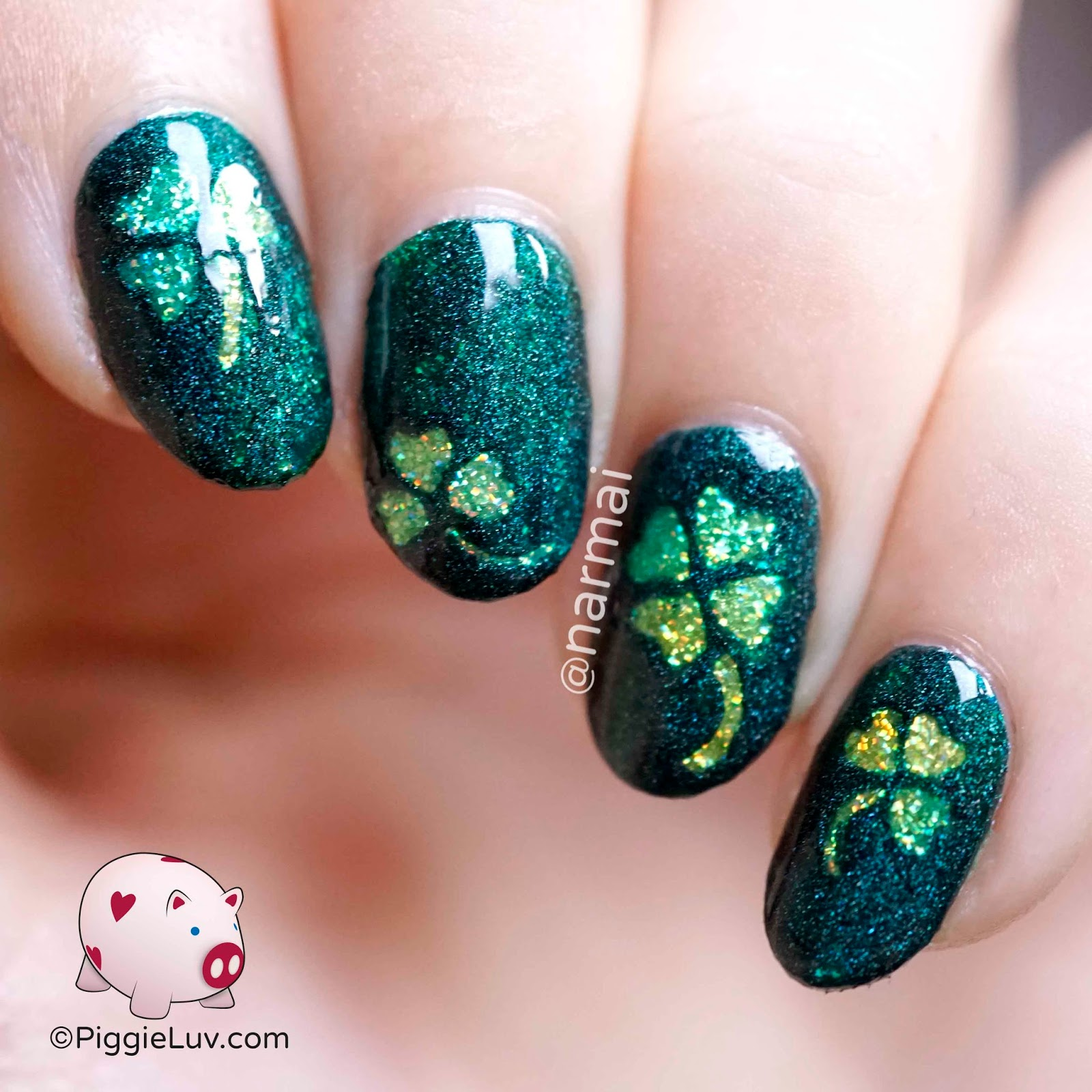 PiggieLuv: Glitter shamrocks nail art for St. Patrick\'s Day + giveaway