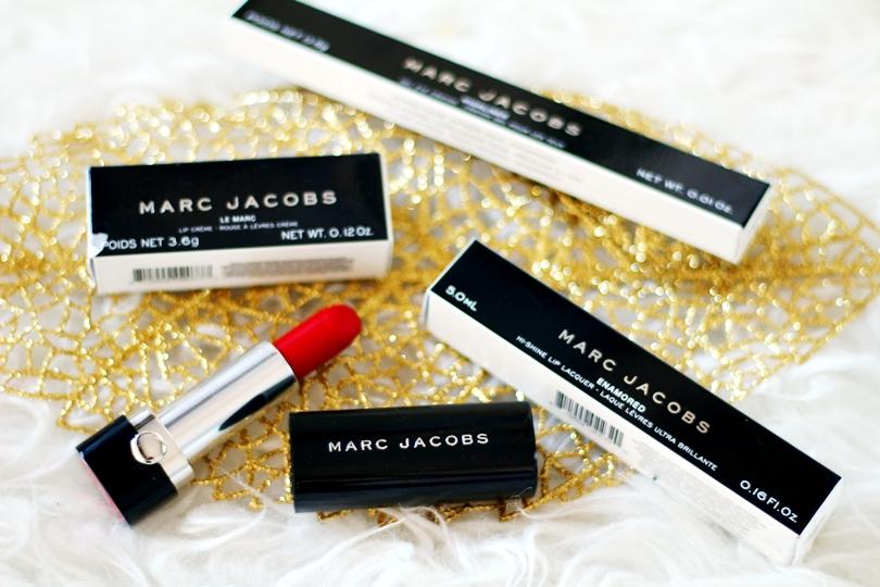 beauty, sephora, marc jacobs, red lips, czerwonu usta, czerwona pomadka, konturowanie ust, drogie kosmetyki, eleganckie, prezent na święta, michael kors, czerwone paznokcie, nails, make up,